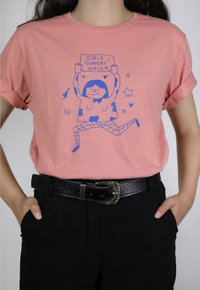 GIRLS SUPPORT GIRLS t-shirt - goiaba (unissex)