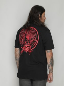 Camiseta The Fire Hand