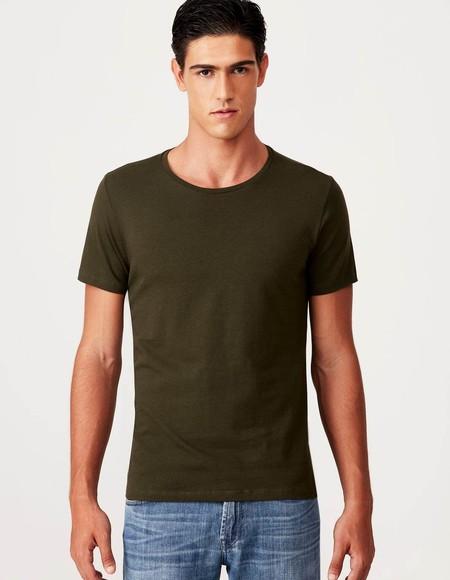 3c51c2d45 Camiseta Masculina Básica Verde Militar Gola C