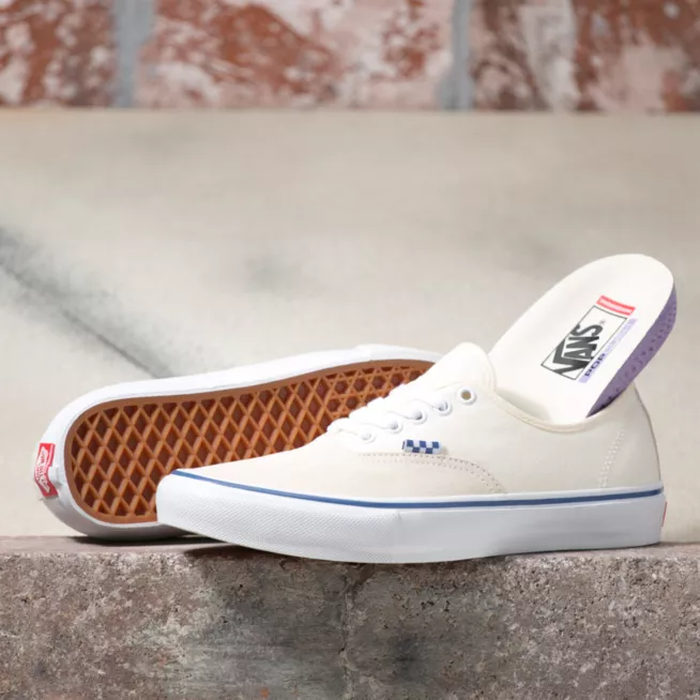 TÊNIS VANS SKATE AUTHENTIC OFF WHITE