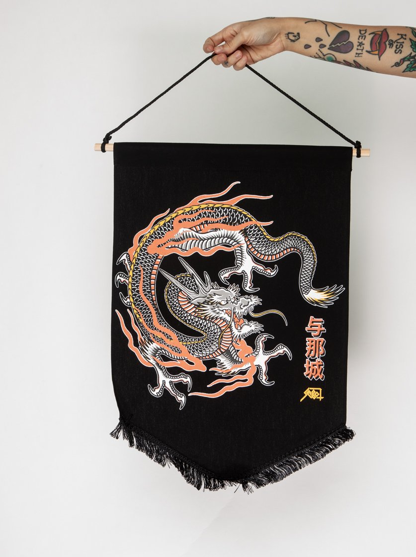 Bandeira Wild Love Dragon